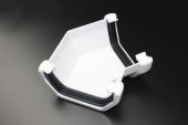 White 135 Deg Square Gutter Angle (floplast)